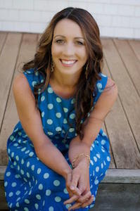 author photo, jaime lee mann